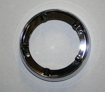 67-70 DOME LIGHT BEZEL