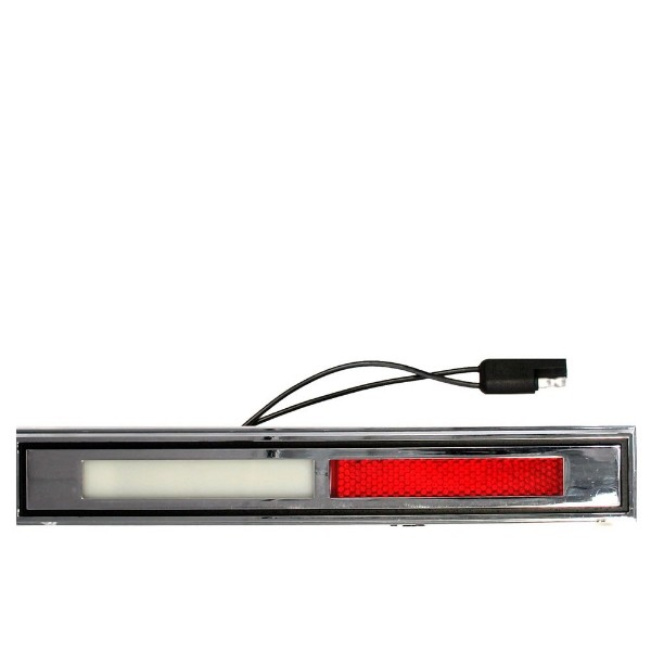 69-70 DELUXE/MACH 1 DOOR LIGHT - RH