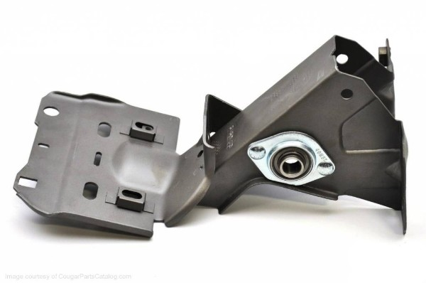 69 BRAKE PEDAL SUPPORT W/BEARINGS - NON/POWER - Click Image to Close